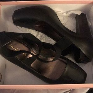 Shoes (Brand NEW)